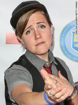 "<a href='http://www.youtube.com/user/MyHarto' target='_blank'>Hannah Hart's </a>twice weekly YouTube series (Thursdays are ""My Drunk Kitchen"") have captured the attention of more than 785,000 subscribers."