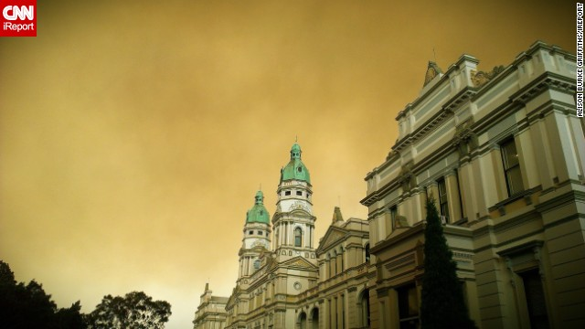 Smoke looms over Sydney University in this photo taken October 17 by <a href='http://ireport.cnn.com/docs/DOC-1049928' target='_blank'>iReporter Alison Burke Griffiths</a>.