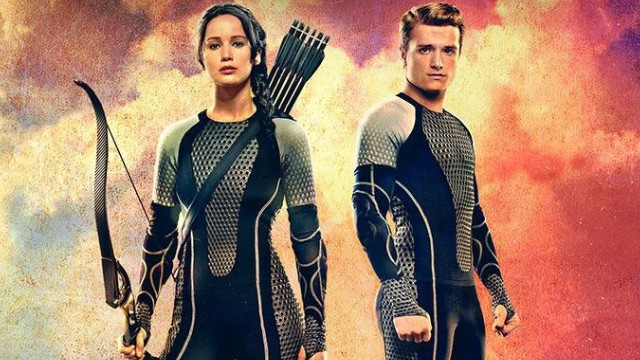 'Catching Fire' catches on with critics