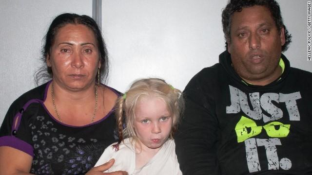 Pareja romaní adoptó a 'María', la niña misteriosa de Grecia, según abogado