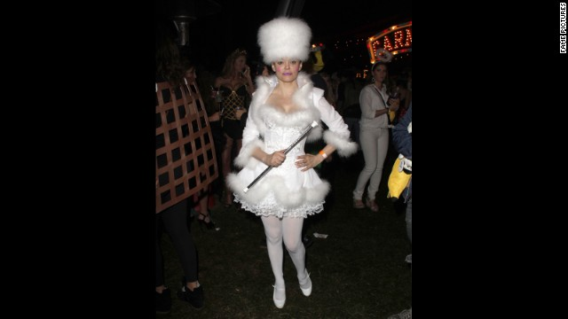 Don't know about you, but we've heard that Rose McGowan was a total ice queen at a Halloween 2012 party.