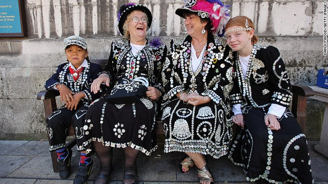 Every year, London's Pearly Kings and Queens -- a charitable group recognizable by their dark suits, embroidered with pearl buttons -- gather to celebrate the Costermonger's Harvest Festival.
