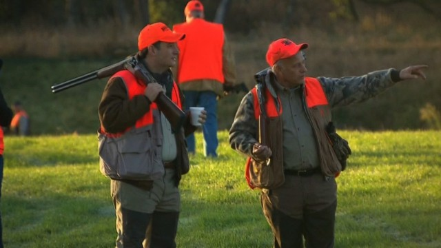 Cruz pheasant hunts, bashes Obamacare in Iowa