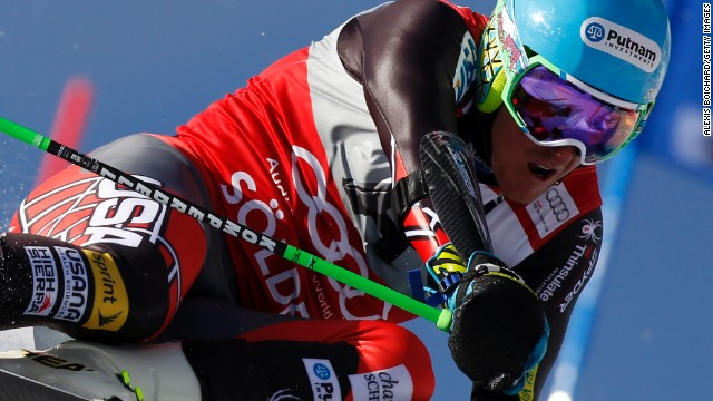 Ted Ligety took up where he left off last season with a dominant victory in giant slalom at Soelden.