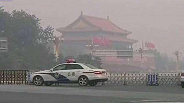5 muertos tras estrellarse e incendiarse un vehículo en la Plaza Tiananmen de Beijing