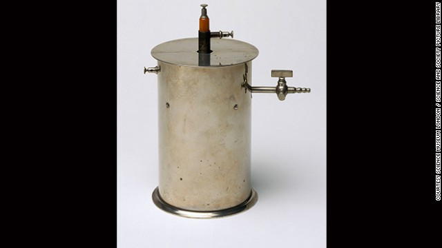 This device was developed by French physicist Pierre Curie and used by him and his wife, Marie Curie, in radioactivity investigations. Both were awarded the Nobel Prize in physics alongside Henri Becquerel in 1903 for their pioneering work in spontaneous radioactivity -- a term that Marie coined. Marie Curie went on to use her knowledge of radioactivity extensively in medicine, for example to treat tumors. With it, she also discovered the elements polonium and radium.
