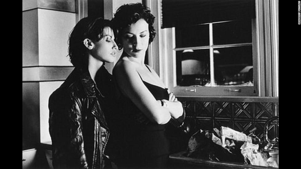 'Bound' (1996)