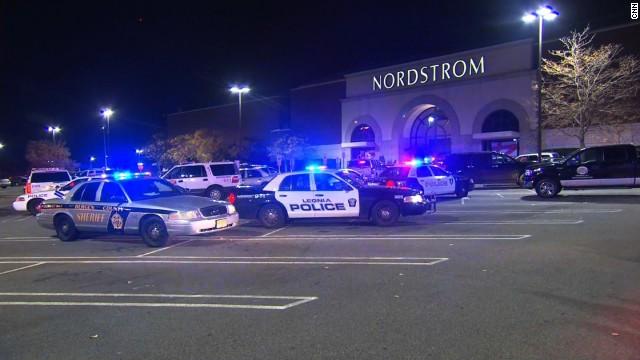 Un hombre dispara en un centro comercial de Nueva Jersey
