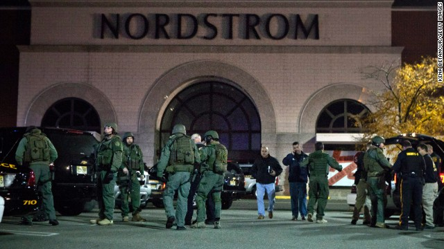 New jersey mall gunman found dead hours after shooting for Garden state plaza mall paramus nj