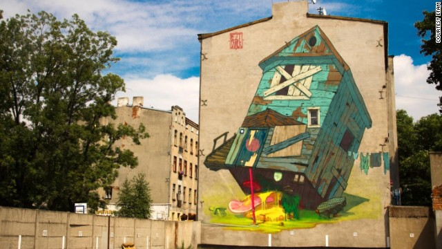 """Traphouse"" painted in Lodz in 2012."