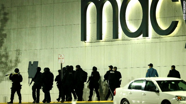 911 Tapes Tell Of New Jersey Mall Terror