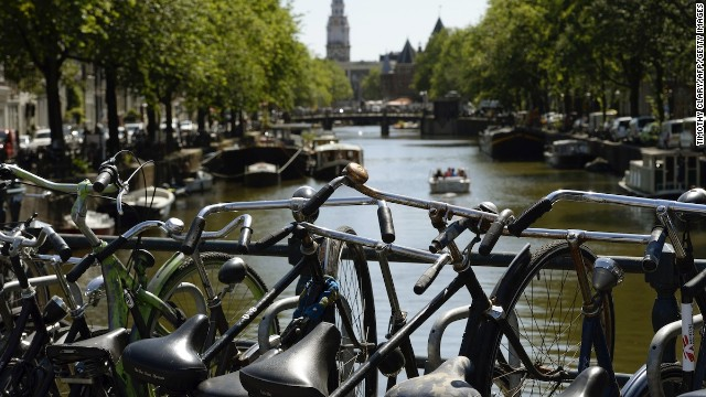 Though Amsterdam is most famous for its bicycles and canal cruises, its taxis are no slouch in the transportation department either. Four percent of the Hotels.com respondents gave the Dutch city their vote, putting it into a three-way tie with Madrid and Mexico City.