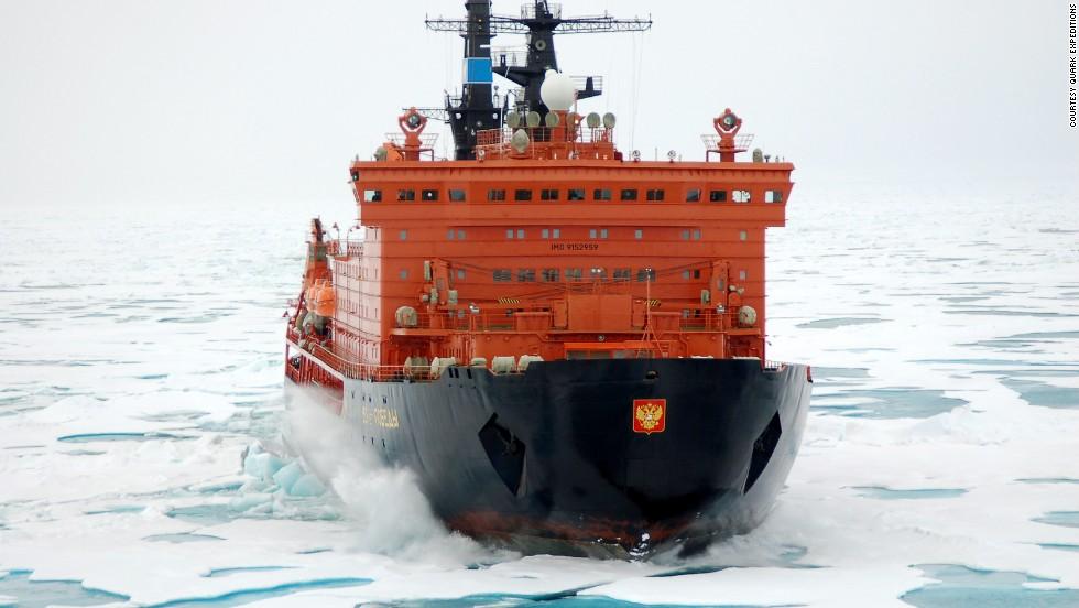 2. Rompiendo el hielo en el Polo Norte