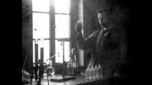 "How would you like to be known as the scientist who discovered ""fat hardening""? <a href='http://lipidlibrary.aocs.org/history/Normann/index.htm' target='_blank'>Wilhelm Normann</a> was awarded a patent in 1903 for the ""Process for the Conversion of Unsaturated Fatty Acids or Their Glycerides into Saturated Compounds."" Basically, Normann figured out how to turn liquid oils into a thicker, firmer substance through hydrogenation. This solid fat was less likely to spoil and cheaper to produce and transport."