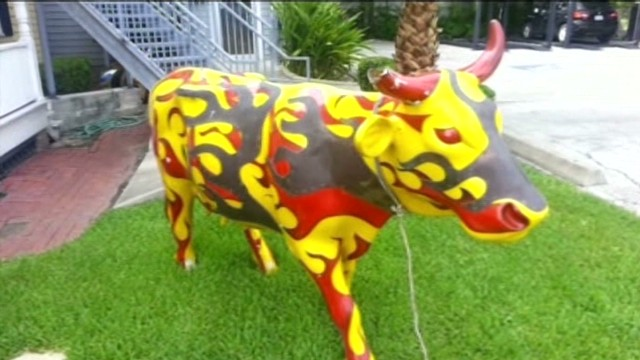 Cow Statue Goes Missing: Moo Dunnit?
