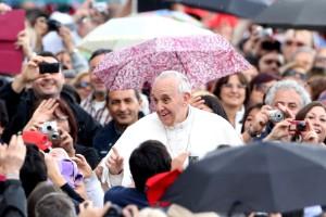Francisco, el papa moderno