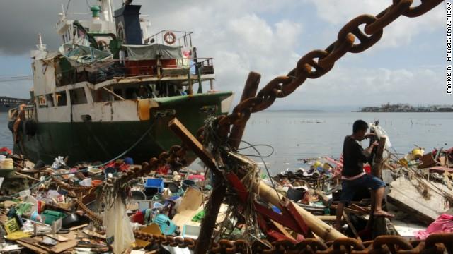 El tifón Haiyan se dirige a Vietnam después de devastar Filipinas