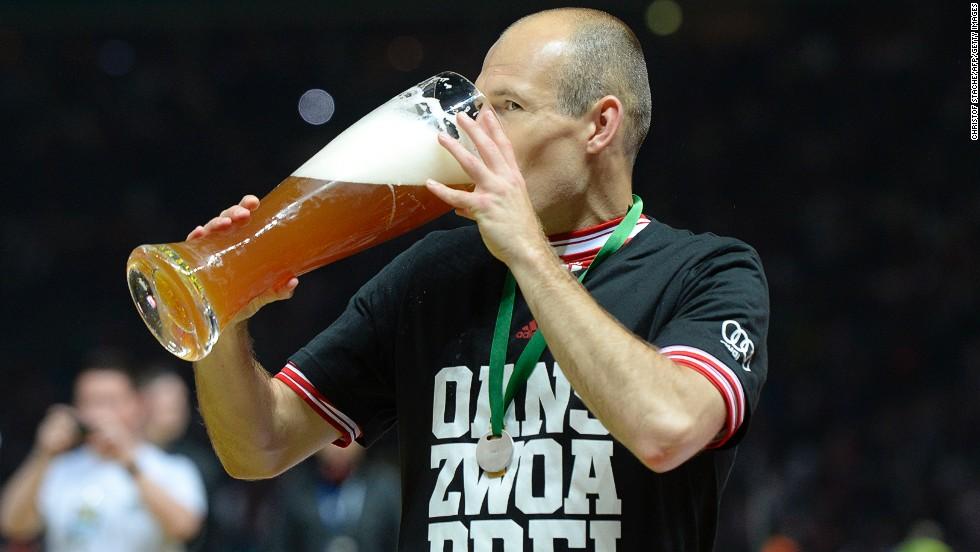 9. Tomar alcohol