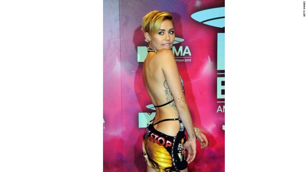 Los atuendos más extravagantes de Miley Cyrus