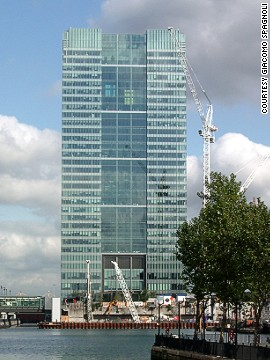 Architect: HOK International Ltd.<!-- --> </br>One Churchill Place in London is headquarters to Barclays Bank, the third-largest bank in the UK.<!-- --> </br>The 156-meter-tall building was the sixth-tallest in London at the time of completion, and is currently the 12th tallest.