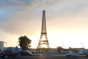 Y, finalmente, otra torre Eiffel en Fez
