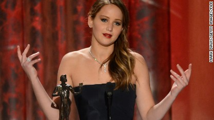 FBI, Apple investigate nude photo leak targeting Jennifer Lawrence, others