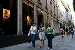 11. Milán