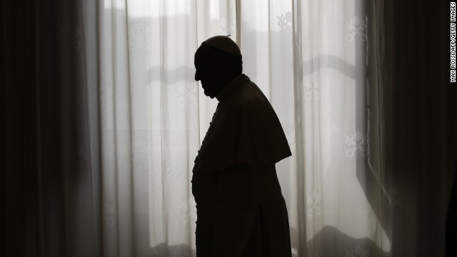 Would the Mafia target Pope Francis over Vatican reforms?