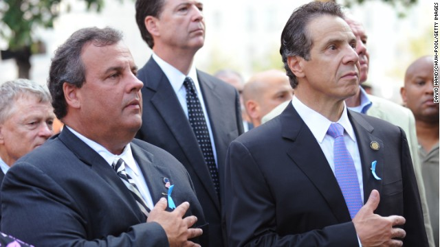 Poll: Christie's numbers down, Cuomo's numbers up