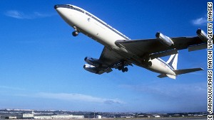 It took a barrel roll to get buyers to bite on the 707.
