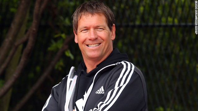 Sven Groeneveld is Maria Sharapova's new coach. Groeneveld has a wealth of experience and worked in the past with Ana Ivanovic, Andy Murray and Caroline Wozniacki.
