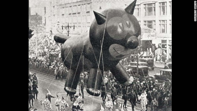 While the first Macy's Day Parade took place on Christmas of 1924, the first giant balloon to debut in the parade wasn't until 1927 with Felix the Cat. Before the balloons organizers would use animals from the Central Park Zoo.