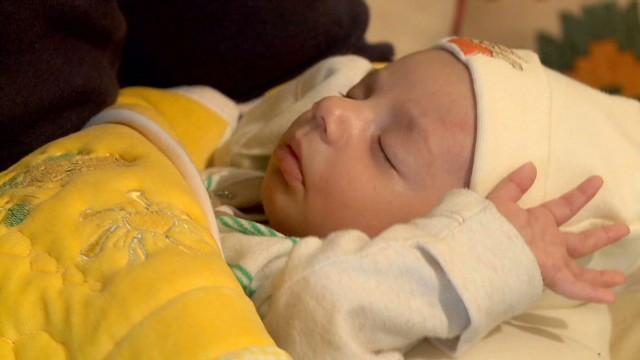 Ghadi, el bebé de la unidad en un Líbano profundamente dividido