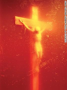 Piss Christ (1987), Andrés Serrano