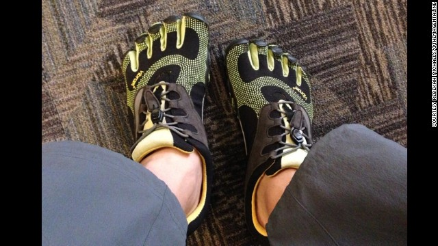 "<a href='https://twitter.com/TheMagentaLine' target='_blank'>Rebekah Michaels </a>tweeted that she's logged ""400,000+ miles in the Vibram Five fingers!"""