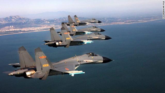 China envía aviones de combate a la zona en disputa; Japón se mantiene desafiante