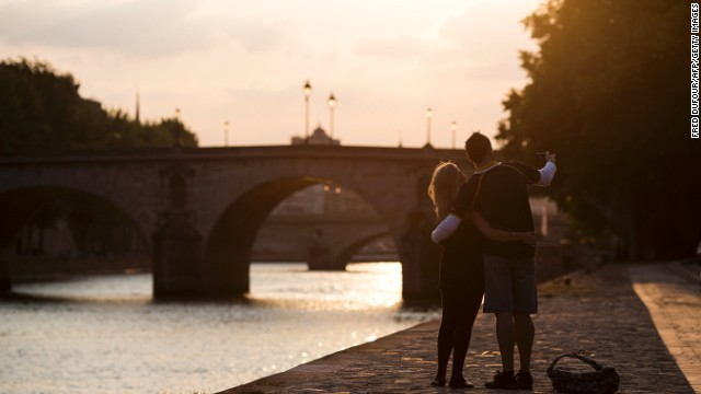Cole Porter got it right: Paris is loveliest in spring. And couples, it seems, are always welcome there.