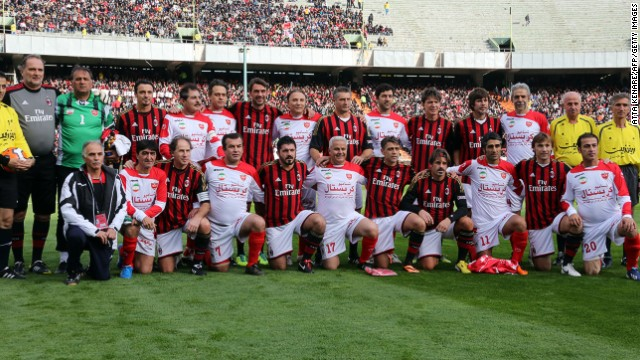 The Milan Glorie team took on a side made up of former Persepolis FC players in the fundraiser, which also celebrated the career of form
