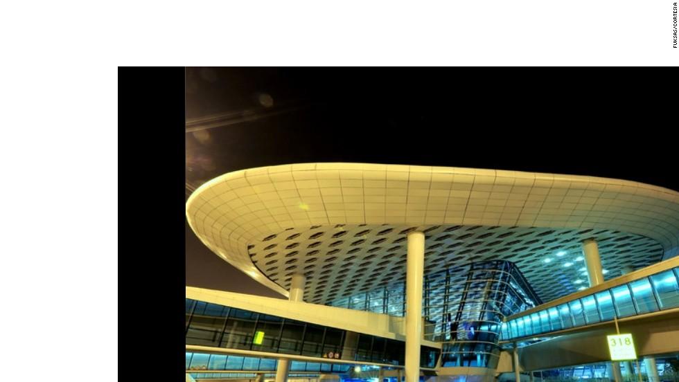 ¿Nave espacial o terminal aeroportuaria?
