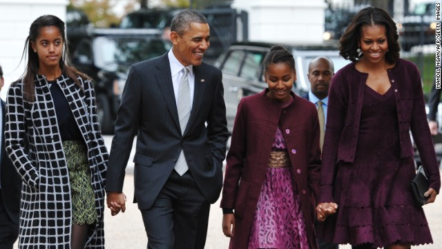 Obamas: Daughters should experience hard work, minimum wage job