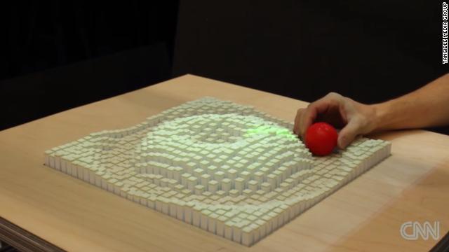 La pantalla que te permite 'tocar' cosas