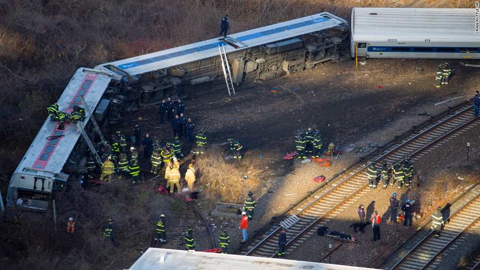 Un tren descarrila en Nueva York