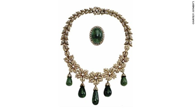 Jacqueline Onassis' Van Cleef & Arpels necklace and brooch. Much of the emerald's allure comes from its color - in normal lighting the human eye responds most strongly to yellowish-green light.