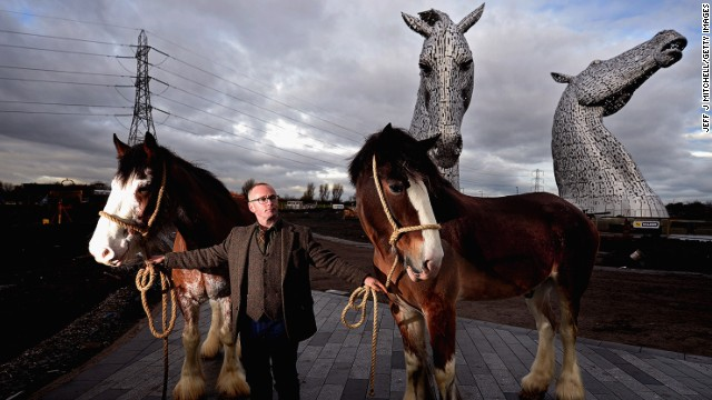 Sculptor Andy Scott made three-meter-high maquettes from two Clydesdale horses named Barron and Duke, which engineers upscaled by 10 times until they'd made the finished article.