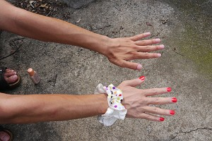 Maquilla tu mano derecha