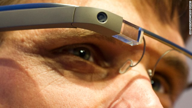 Zip! Wearable tech arrives this year, with the most high-profile project -- the much-hyped Google Glass -- expected on the market before 2015. Will this be the year we embrace smart socks and solar-powered trousers?