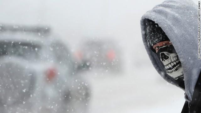 El golpe 1-2-3 del mal clima en EE.UU: Frío, nieve y hielo