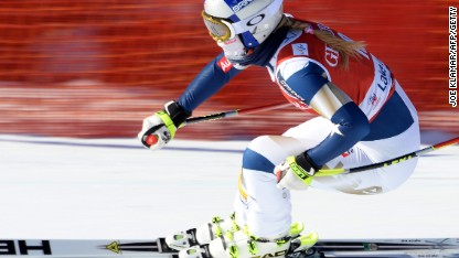 Vonn's comeback speeds up