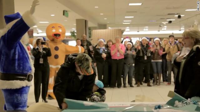 Una aerolínea de Canadá sorprende a sus pasajeros con un milagro de Navidad