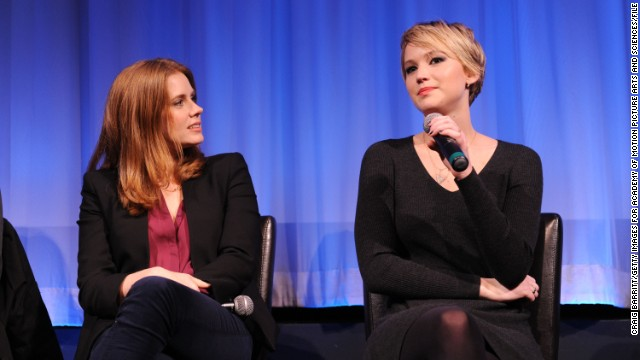 About that Amy Adams/Jennifer Lawrence kiss